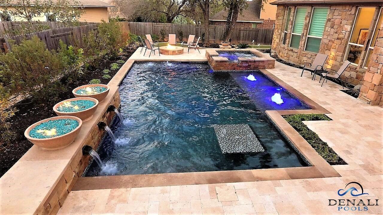 Pool construction company Texas